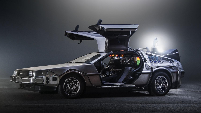 DeLorean DMC-12 time machine Back to the Future